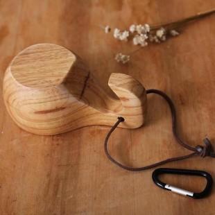 Ročno narejena unikatna lesena skodelica
